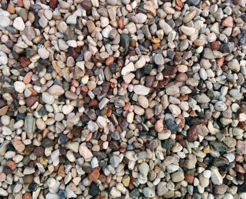 Ghiaia tonda 16 32 chizzola armando inerti scavi - Ghiaia x giardino ...